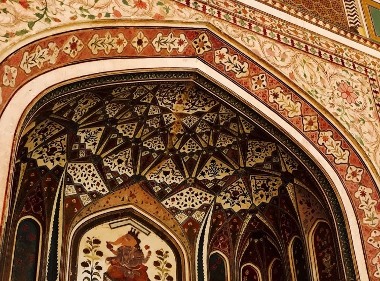Intricate patterns on a doorway at the Amber Fort in Jaipur